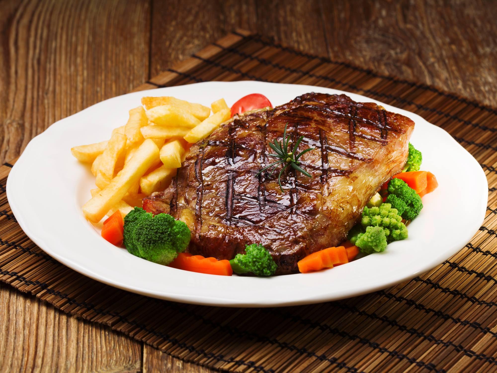 အနောက်တိုင်းစတိုင် အမဲသား Steak လေးလုပ်စားကြမယ်