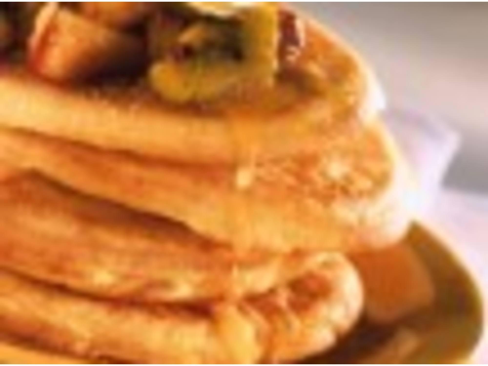Pancakes et compotée de fruits