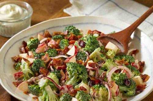 Broccoli Apple Salad with Dried Cranberries