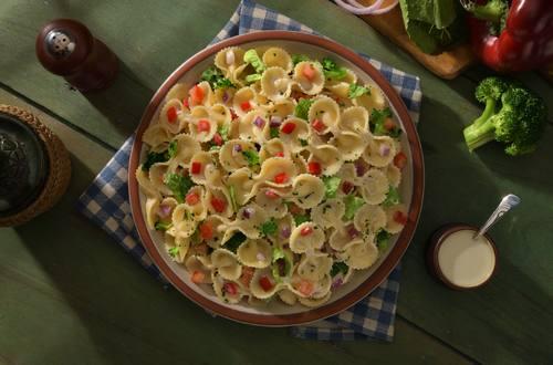 Lazos Knorr con jamón en salsa blanca