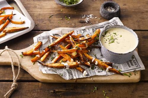 Frites de patate douce, Dip de fromage blanc aux herbes