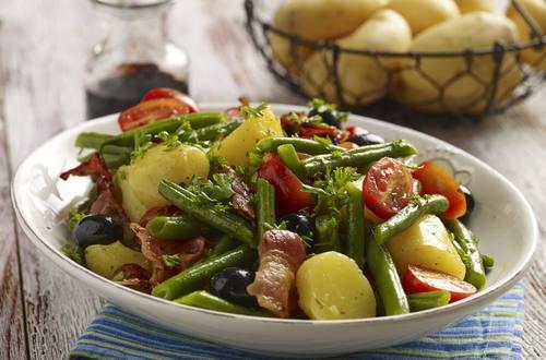 Kartoffel-bønnesalat