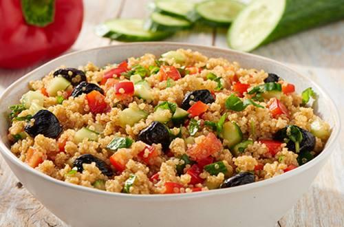 Mediterrane quinoa salade