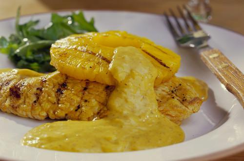Putenschnitzel_mit_Ananas