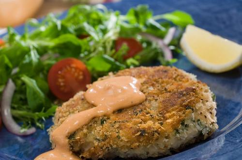 Dijon Pepper Tuna Cakes