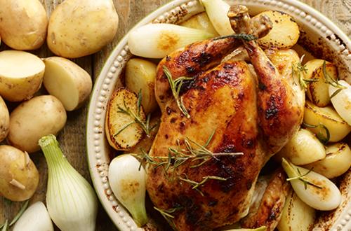 Κρεμμυδάτο κοτόπουλο φούρνου με πατάτες