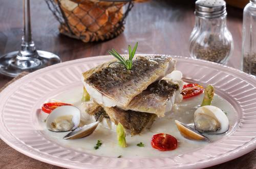 蛤蠣海鮮鯛魚排