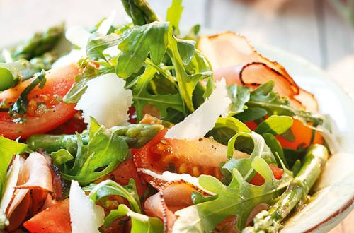 Knorr - Frühlingssalat mit Grünspargel und Tiroler Schinkenspeck