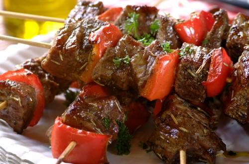 Шашлык из говядины в итальянском соусе