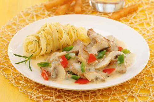 Knorr - Schweinsfilet-Geschnetzeltes mit Pilzen und Paprika