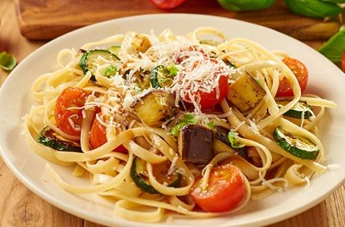 Rostade grönsaker med linguini