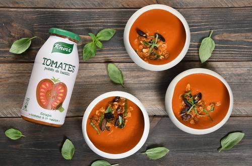 Soupe froide Knorr® « comme à la maison », Tomates pointe de basilic, muesli du soleil
