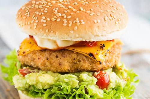 Kipburger met Hellmann's