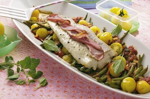 Knorr - Fischfilet auf Oregano-Tomaten-Gemüse