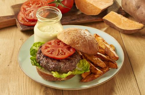 Grilled Burger with Chilled Bearnaise 1920x1301.jpg
