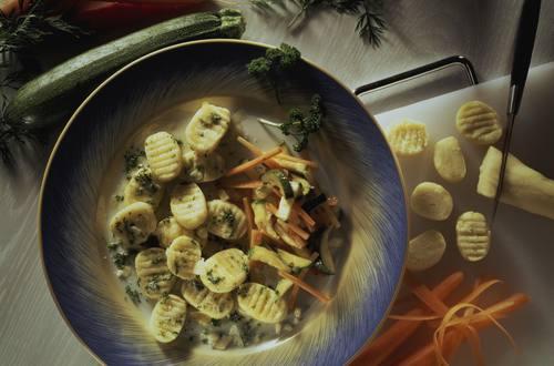 Knorr - Kartoffel-Gnocchi mit Frühlingsgemüse