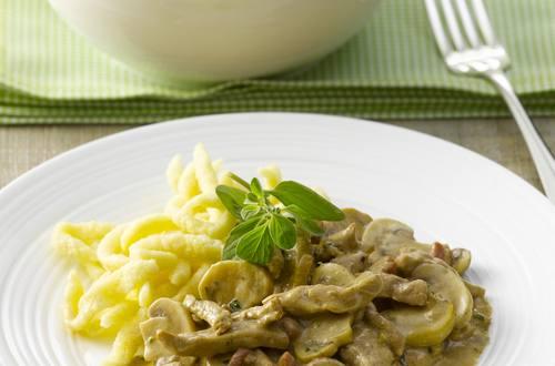 Knorr - Schweine-Geschnetzeltes mit Pilzen und Speck