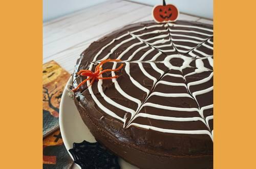 Super Moist Halloween Cake