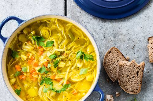 Soupe au chou, carottes et poireaux