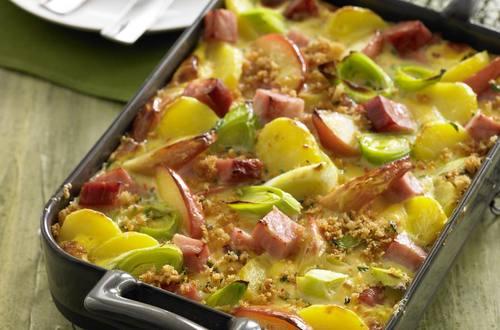 Knorr - Kartoffel-Apfel-Auflauf mit Selchkarree