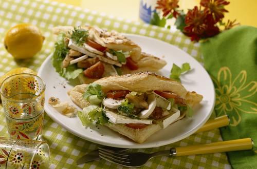 Knorr - Blätterteigtacos mit Käse-Hähnchenfüllung