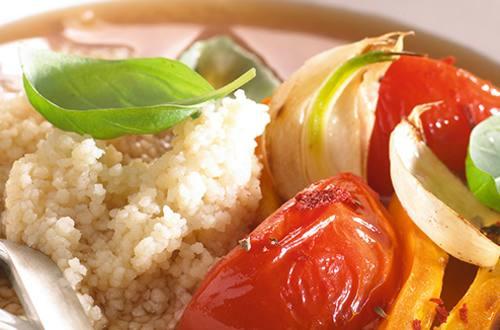 Mediterrane bouillon met couscous