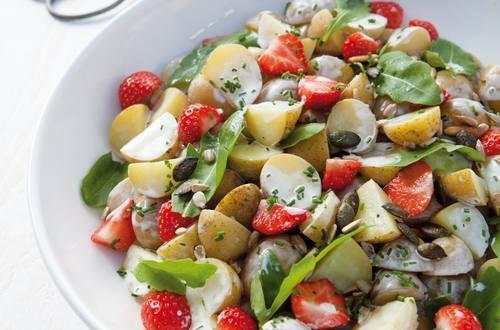 Knorr - Herzhafter Kartoffelsalat mit Erdbeeren