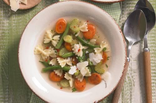 Bunte Gemüsesuppe Ausschnitt