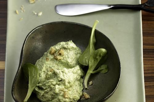Knorr - Grüner Walnuss-Dip