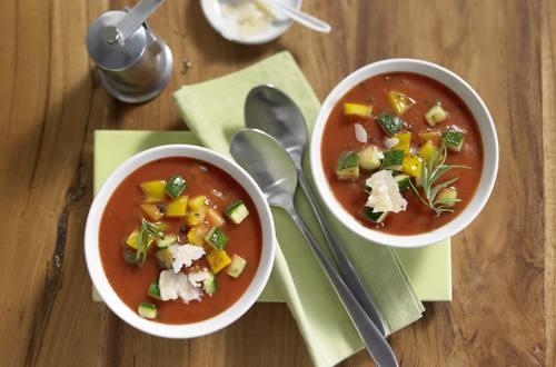 Knorr - Tomatensuppe Toscana mit mediterranem Gemüse