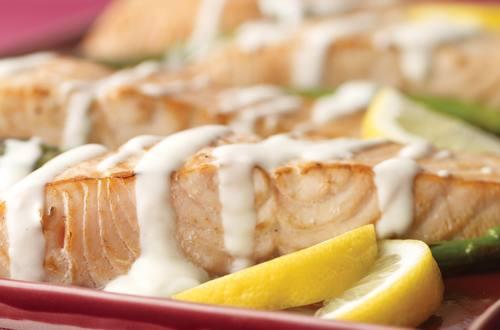 Salmon & Asparagus with Hollandaise