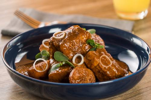Costillas De Cerdo En Salsa De Chile Pasilla