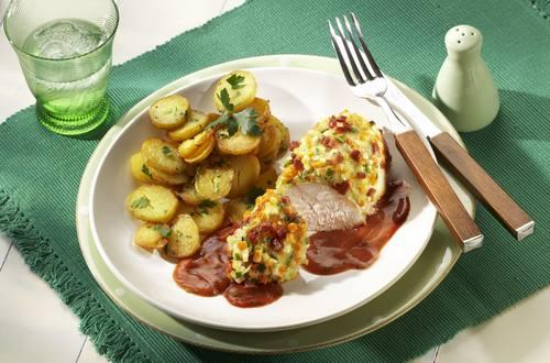 Knorr - Hähnchenbrust mit Gemüse-Speck-Kruste