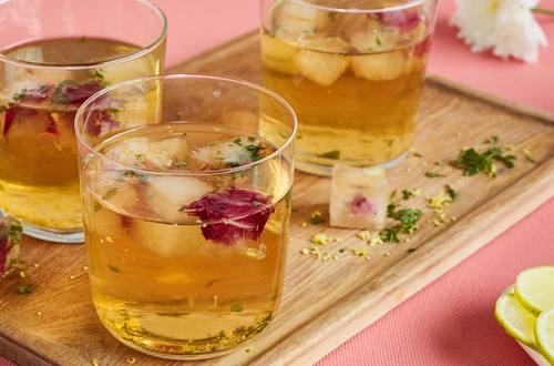 Lipton Apple and Mint Fancy Iced Tea Recipe