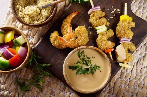 Camarones Empanizados con Quinoa