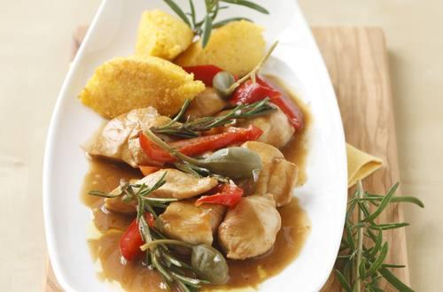 Knorr - Hühnergeschnetzeltes mit Paprika und Polentanockerl