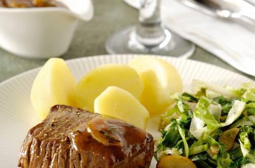 Beefsteak sauce romarin et endives à l'ail