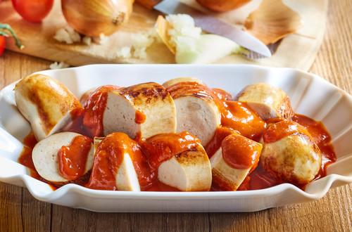 Bratwurst mit Currysauce