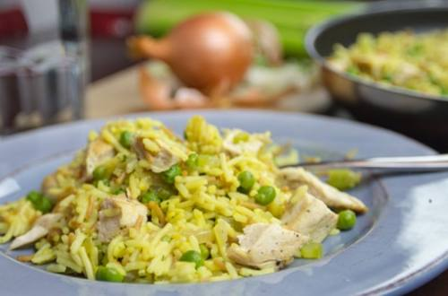Old-Fashioned Chicken & Rice