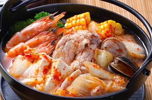 泡菜海鮮鍋
