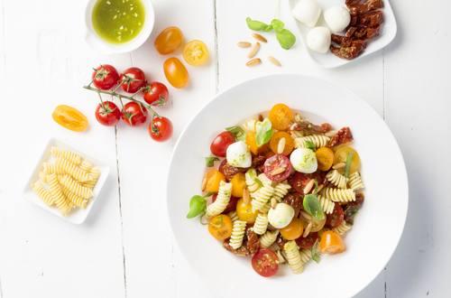 Salat_der_Saison_Nudelsalat