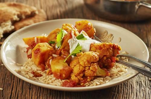 Blumenkohl-Kartoffel-Curry-1920x1301.jpg