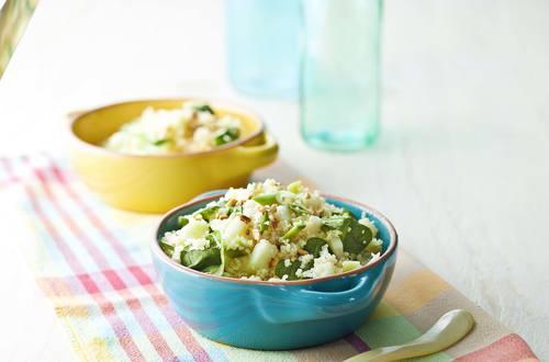 Knorr - Kohlrabi-Couscous mit Spinat und Cashewnüssen