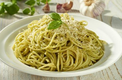 Spaghetti au pesto