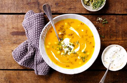 Kürbissuppe mit Linsen