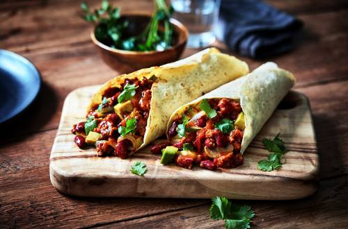 Wraps met vega chili en avocado