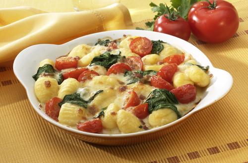 Gnocchi-Tomaten-Spinat-Gratin_Ausschnitt