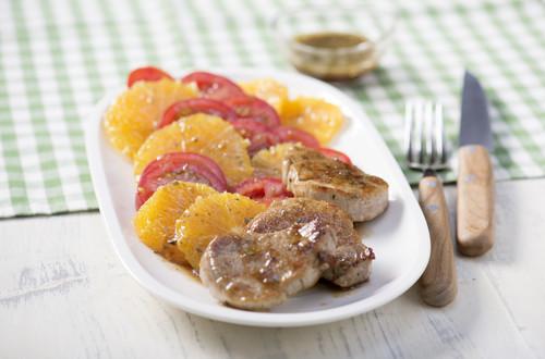 Tomaten-Orangen-Salat mit Schweinefilet