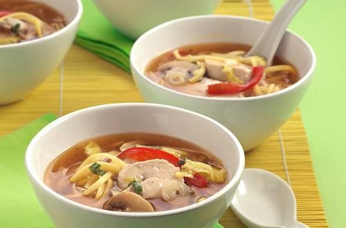 asiatische-nudel-suppe.jpg