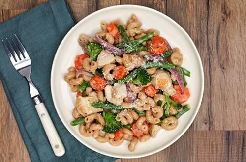White Cheddar Chicken & Vegetables Pasta